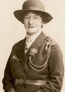 3. oddíl skautů Junák Dvůr Králové nad Labem - Zakladatelé a osobnosti skautingu - Agnes Baden-Powellová